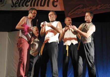 2012 - Le lumache van di corsa - La bottega del buonumore